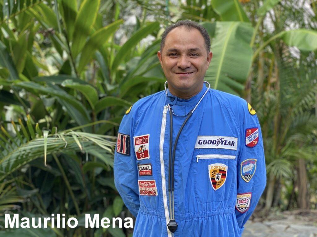 Vintage Car Rally Team Equis Central America Maurilio Mena